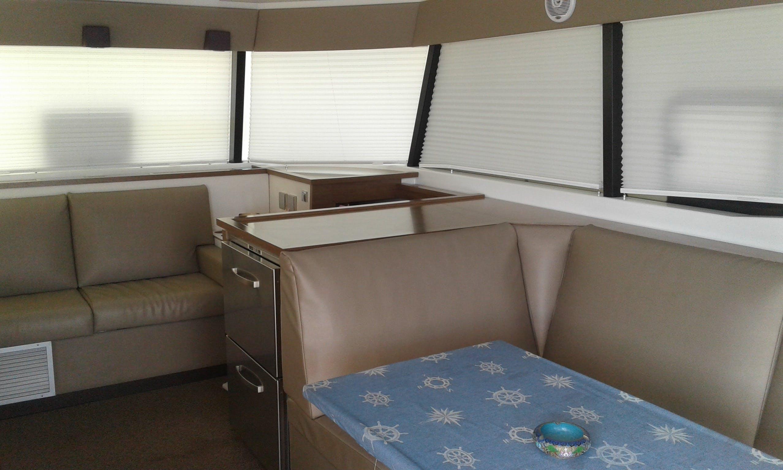 37' Power Catamaran Charter in Varadero, Cuba