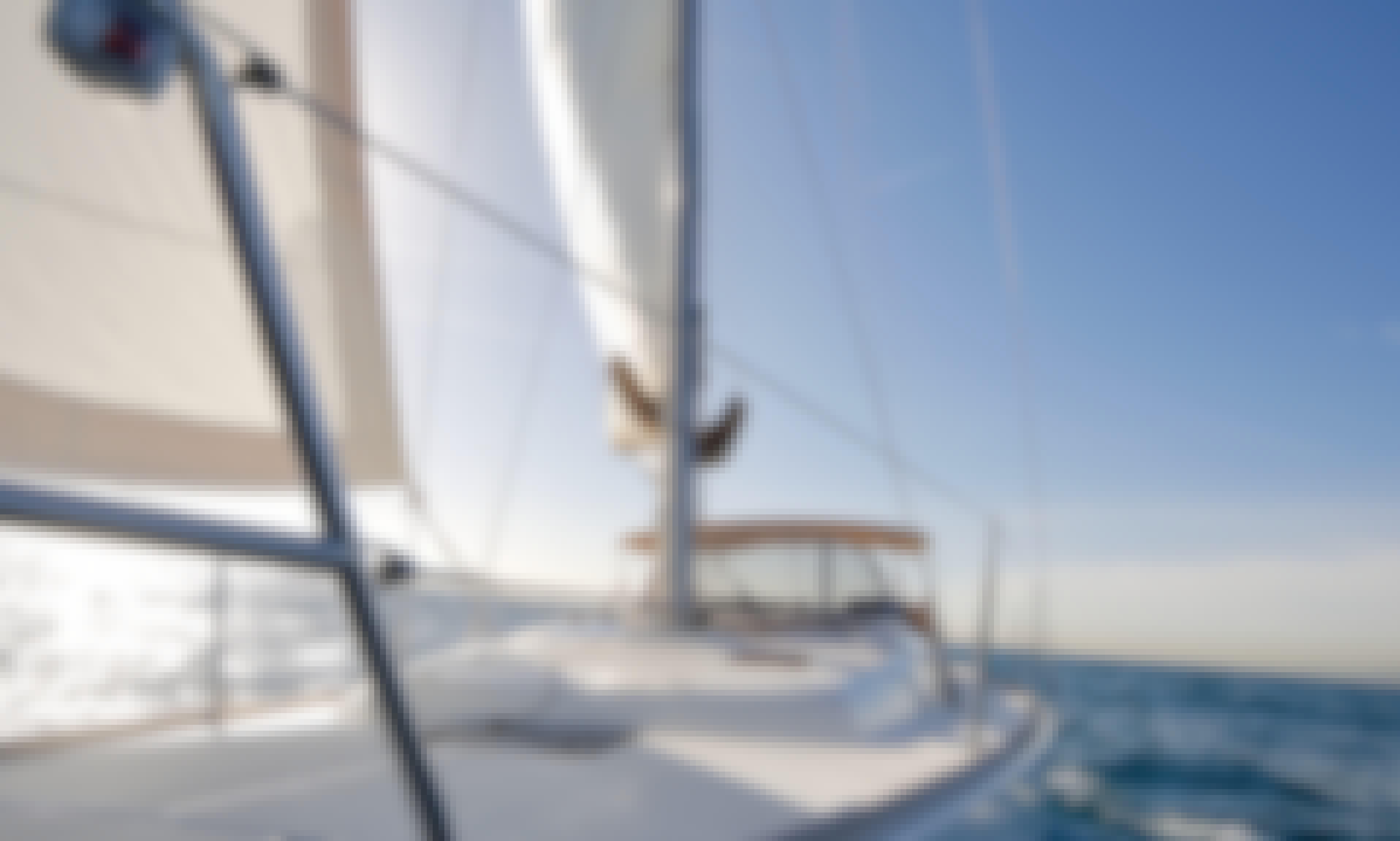 Sailing Cruise Barcelona: Sunset, Sunrise, Midday and Full Day Cruises