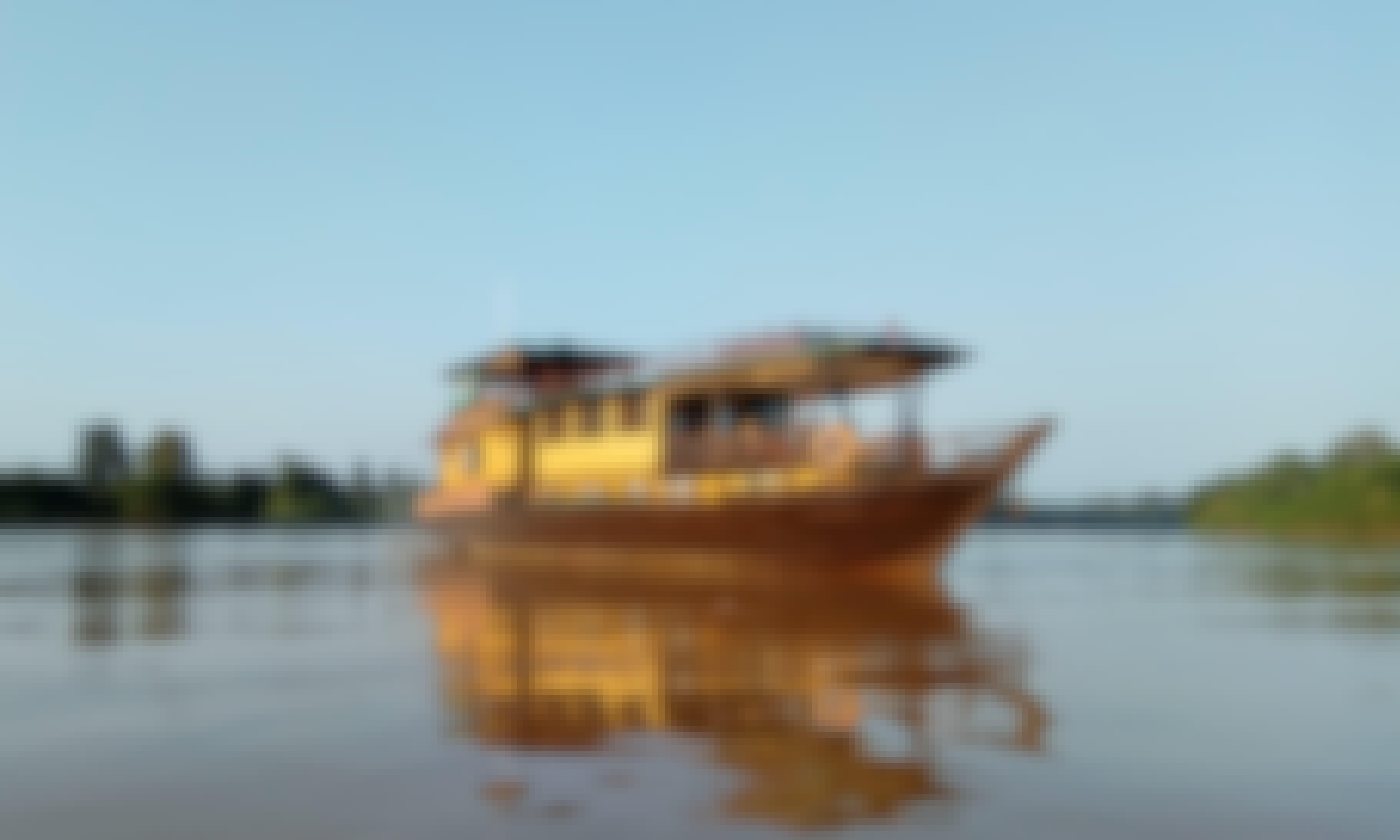Spirit of Kalimantan (Houseboat)