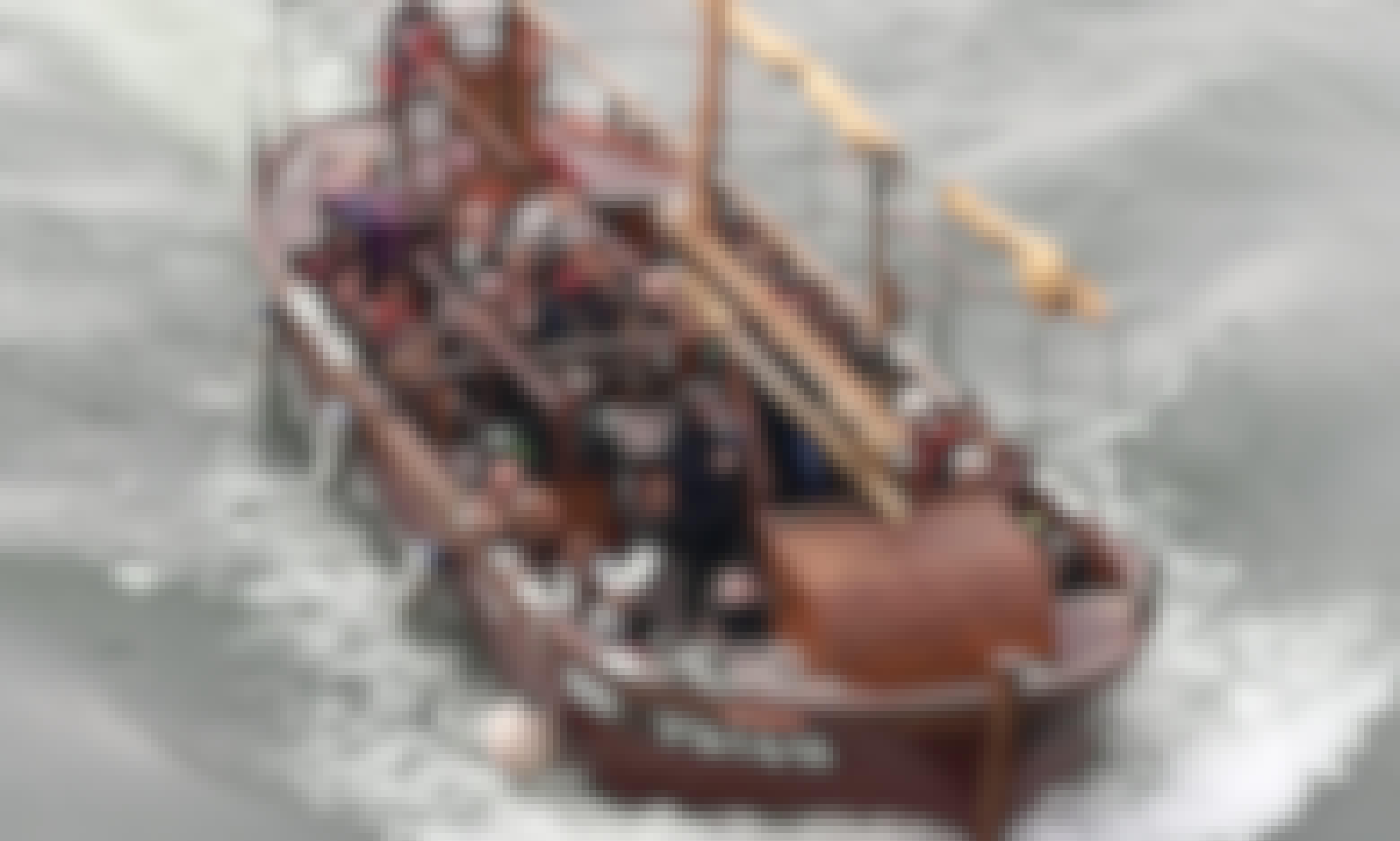 Guided Ebro River Boat Cruises  - 60 Minutes