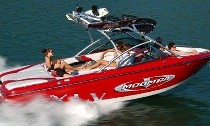 CLEAN Wakeboard Boat Rental
