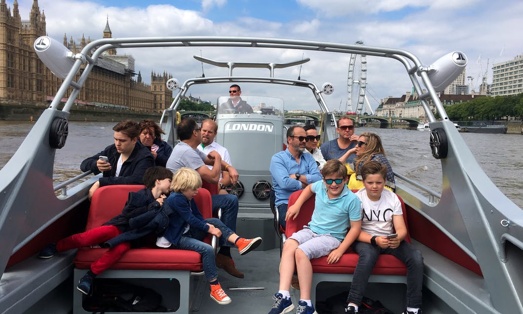 Water Limousine Sightseeing Trips in Central London