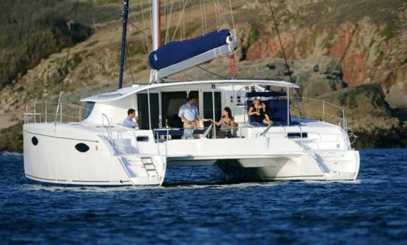 2010 Orana 44 Sailing Catamaran with Watermaker in Cienfuegos