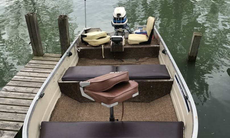 First Class Fishing Trip on 16' MirroCraft Aluminum Boat in Leamington, Ontario