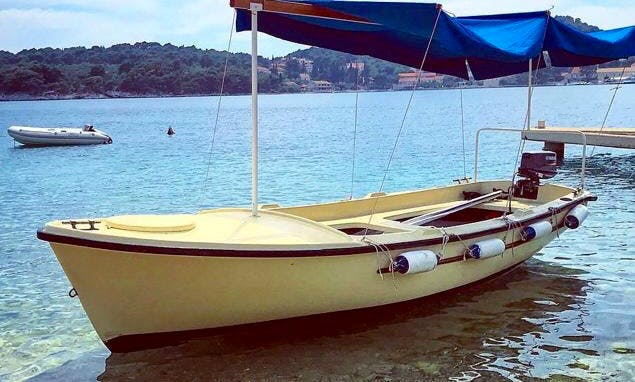 Powerboat Rental for 5 People in Dubrovnik, Croatia