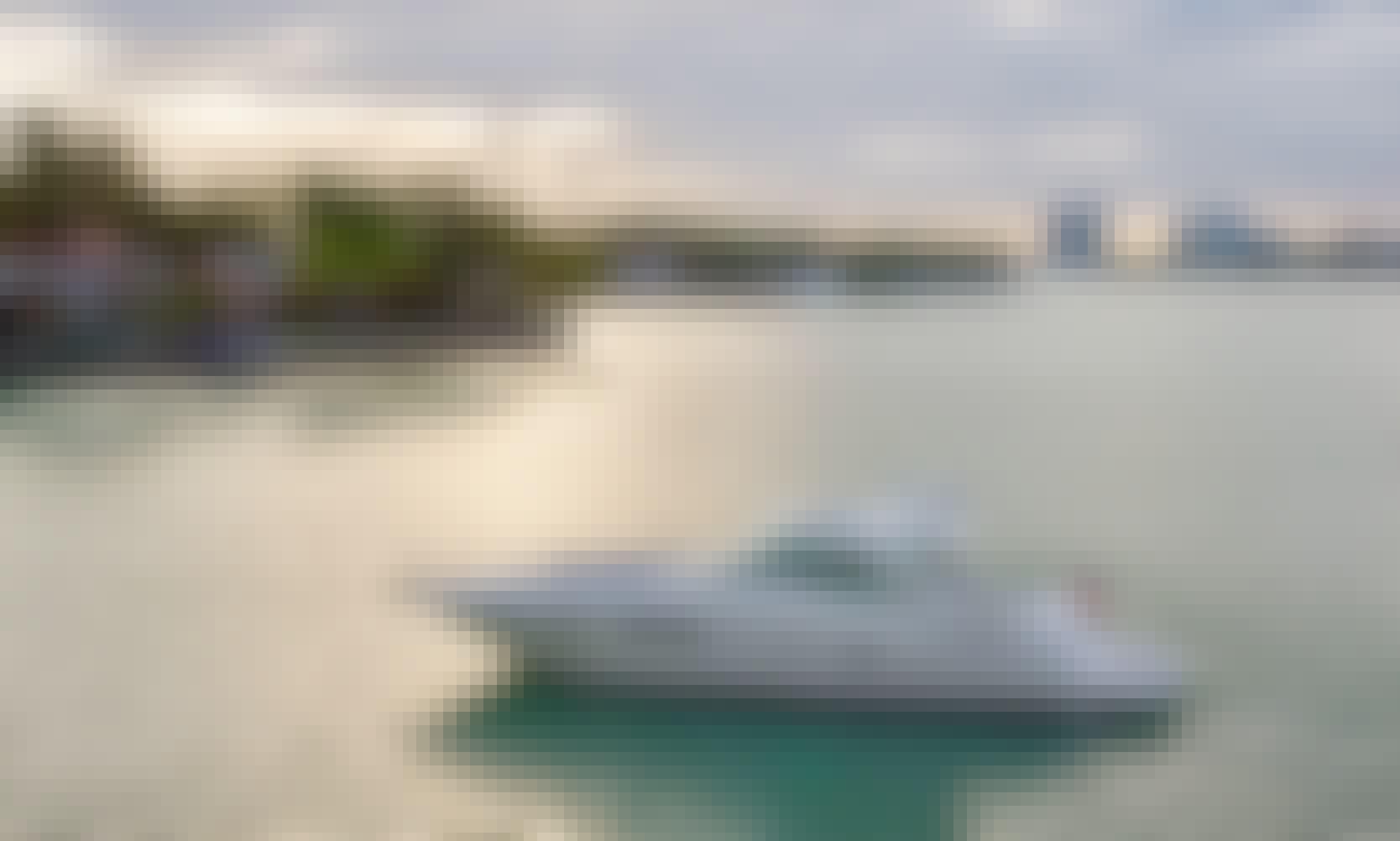 52' Sea Ray Sundancer Motor Yacht in Miami Beach, Florida