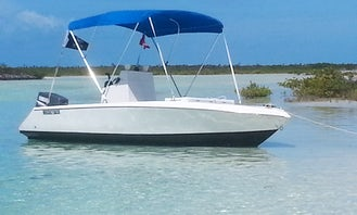 Get relaxed & refreshed aboard 17' V-hull Center Console at Long Island, Bahamas