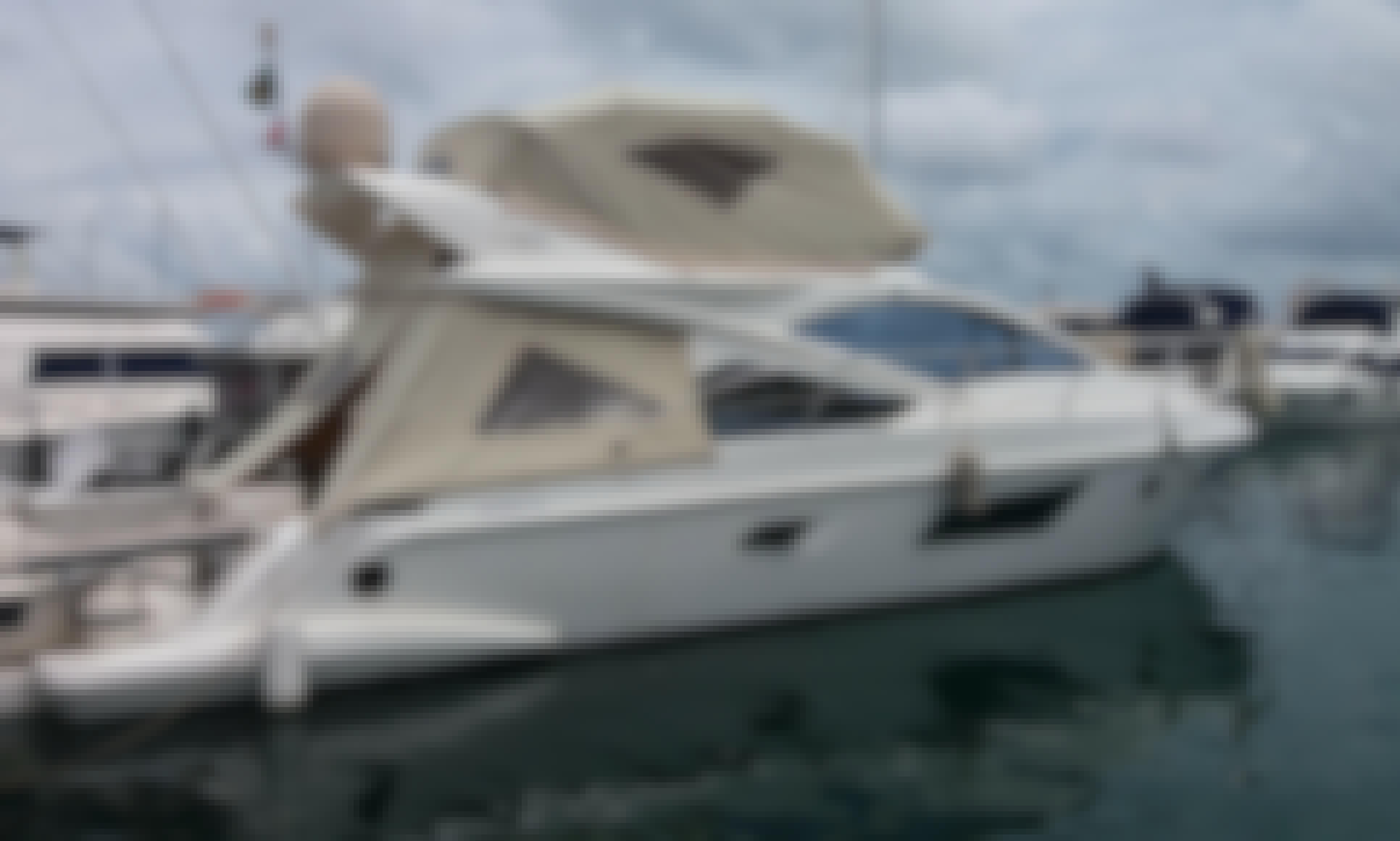 42 ft Phantom Luxury Motor Yacht in Bahia, Brazil