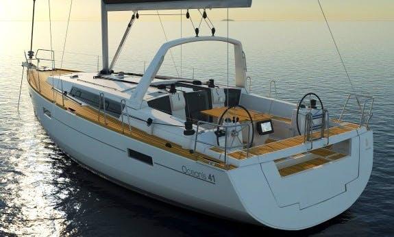 Oceanis 41.1 Sailing Yacht for 8 People in Costa Brava, Spain