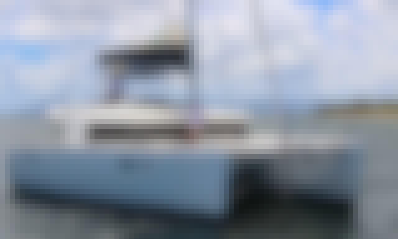 Lagoon 450 - Catamaran Charter in Le Marin - Premium - Air conditioned