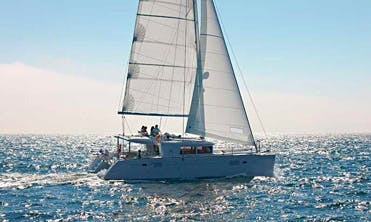 45' Lagoon Cruising Catamaran Rental In La Paz, Mexico for 8 People.
