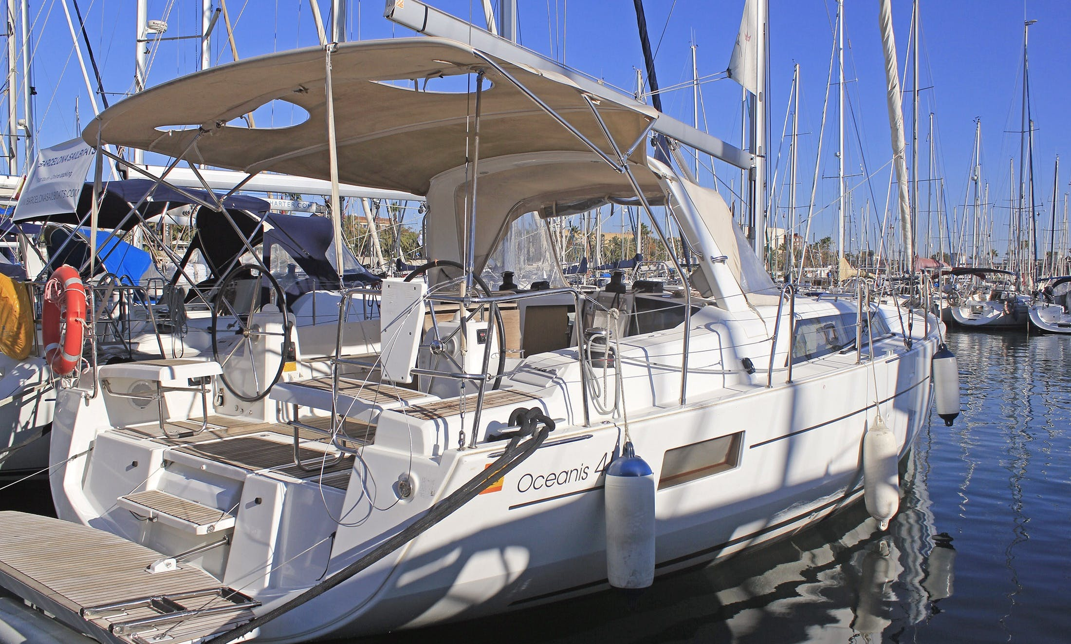 Charter the 2019 Beneteau Oceanis 41.1 Sailing Yacht in Cambrils, Spain!