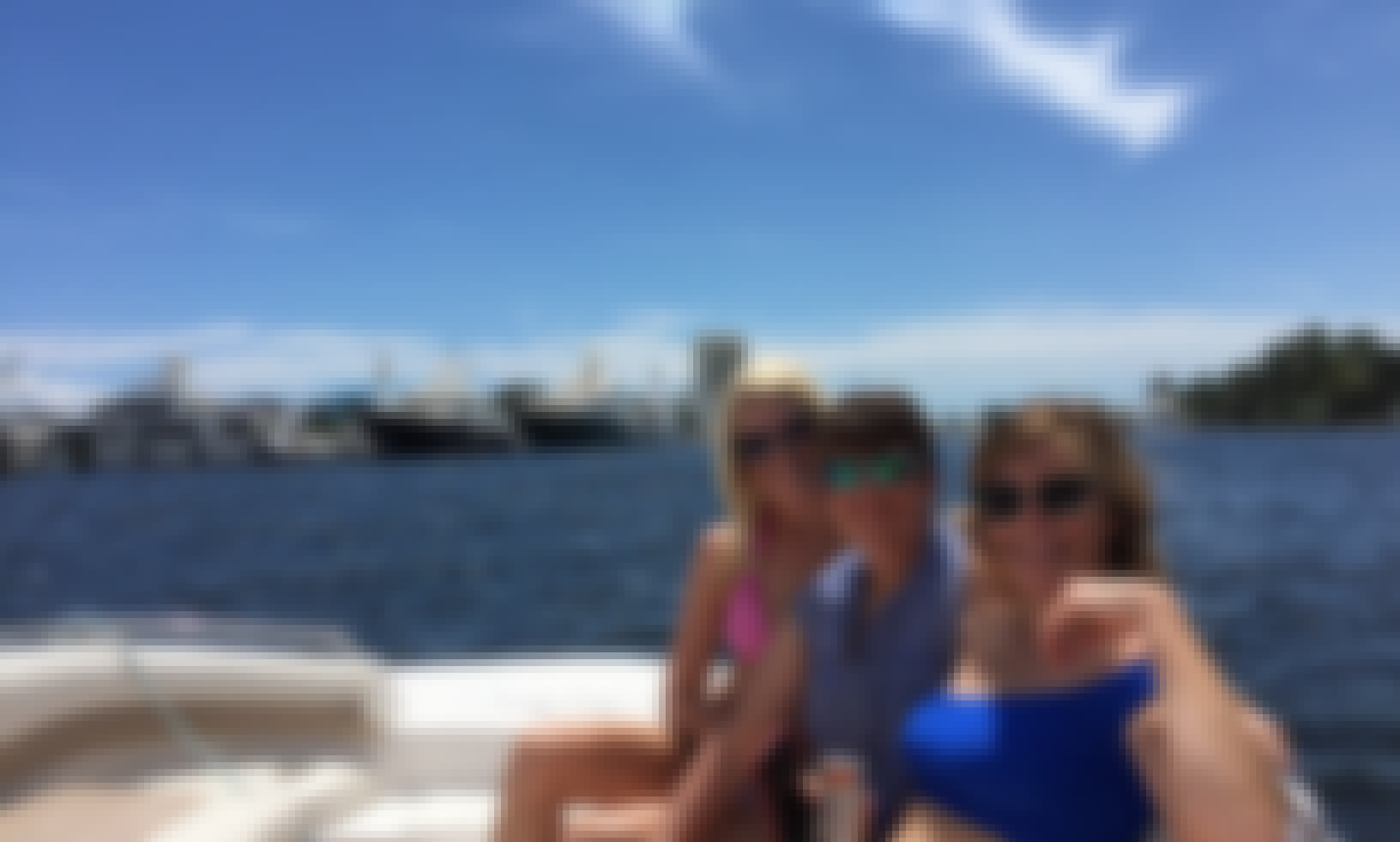 21 foot Deck Boat rental in Fort Lauderdale for up to 6 guests