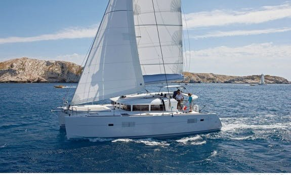 Cruising Catamaran Lagoon 40 with Watermaker in Pointe-à-Pitre