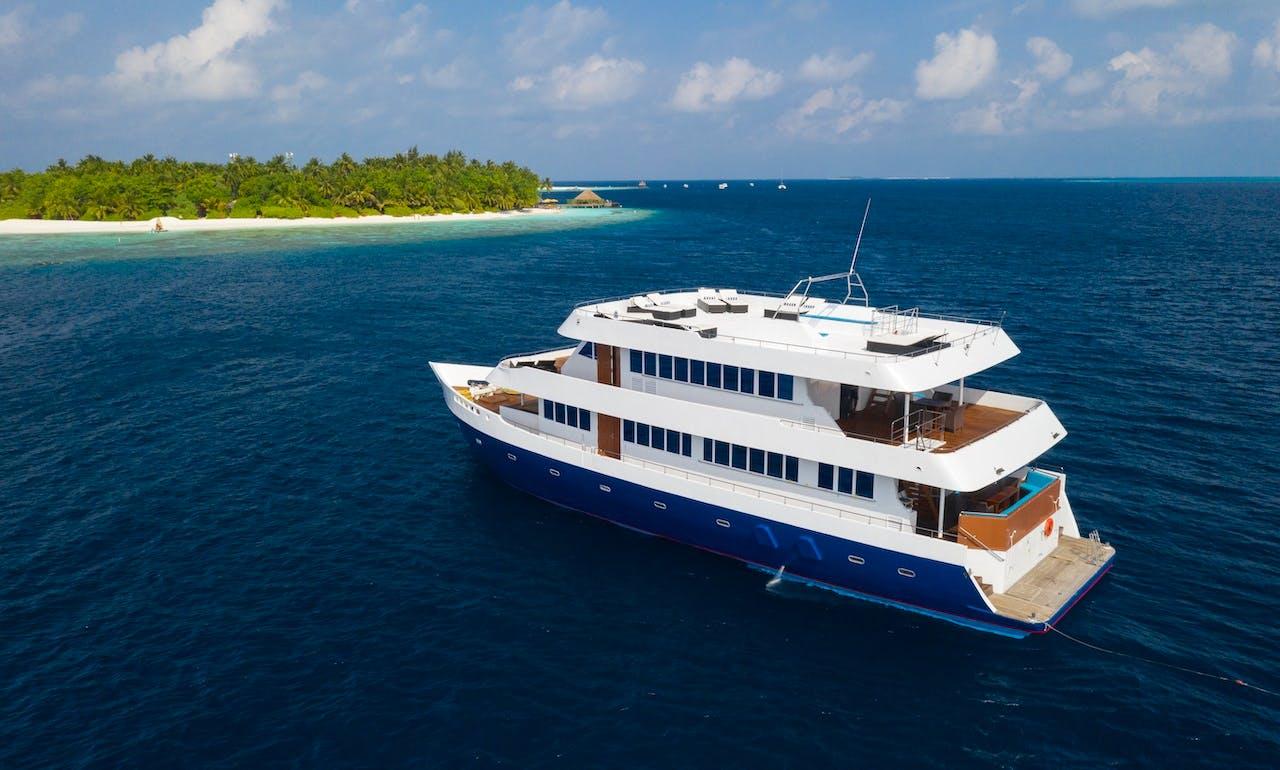 Motor Yacht rental in Maldives
