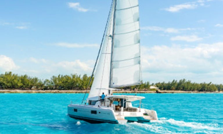 Lagoon 42 O.v. Catamaran with Watermaker and A/c - Plus in Nassau
