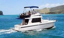 Charter the Fairway 36 Motor Yacht In Queensland, Australia