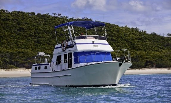 Charter Sundecker 36 Cruiser Motor Yacht In Queensland, Australia