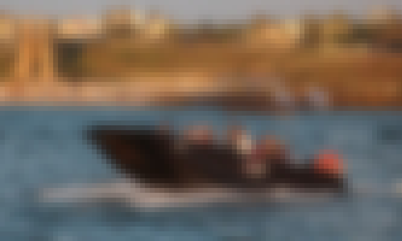 2018 Deck boat rental in Herzliya