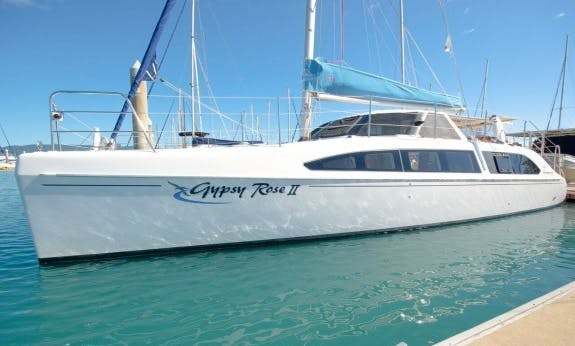Best Sailing Holiday In Queensland, Australia On Seawind 1160 L Cruising Catamaran