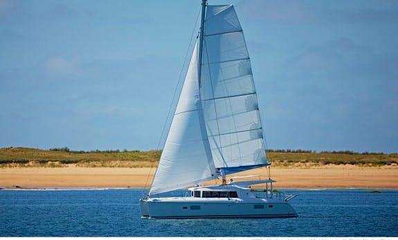 Lagoon 421 Sailing Catamaran Vacation Rental In Queensland, Australia