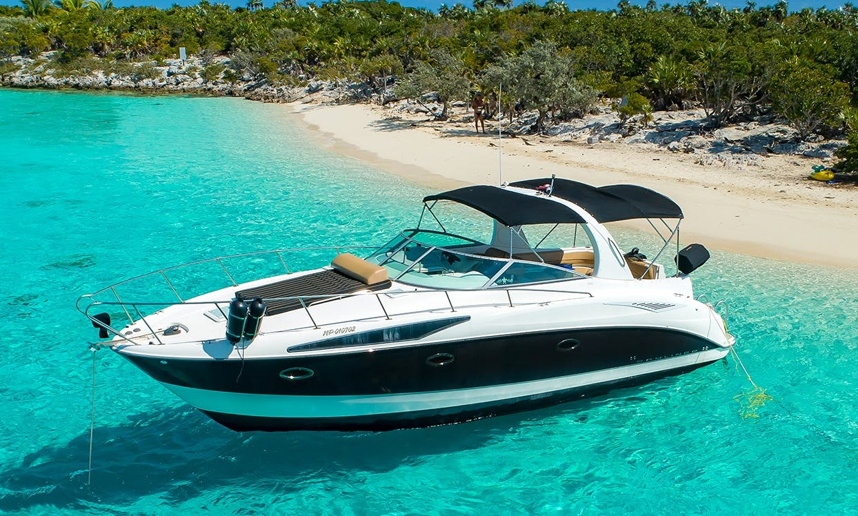 Bayliner 34 Cruiser for Charter to Rose Island and Green Cay (Turtle Island)