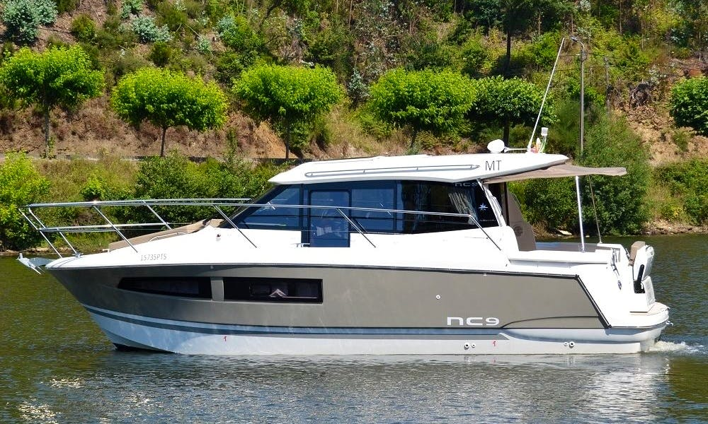 2 Hours Cruise aboard the Jeanneau NC9 Motor Yacht in Porto, Portugal