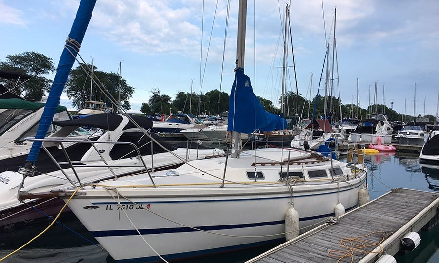 Charter The Catalina 30 Tall Rig In Chicago, Illinois