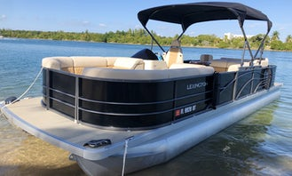 Brand New Luxury Pontoon Perfect For The Bay (Captain mandatory)