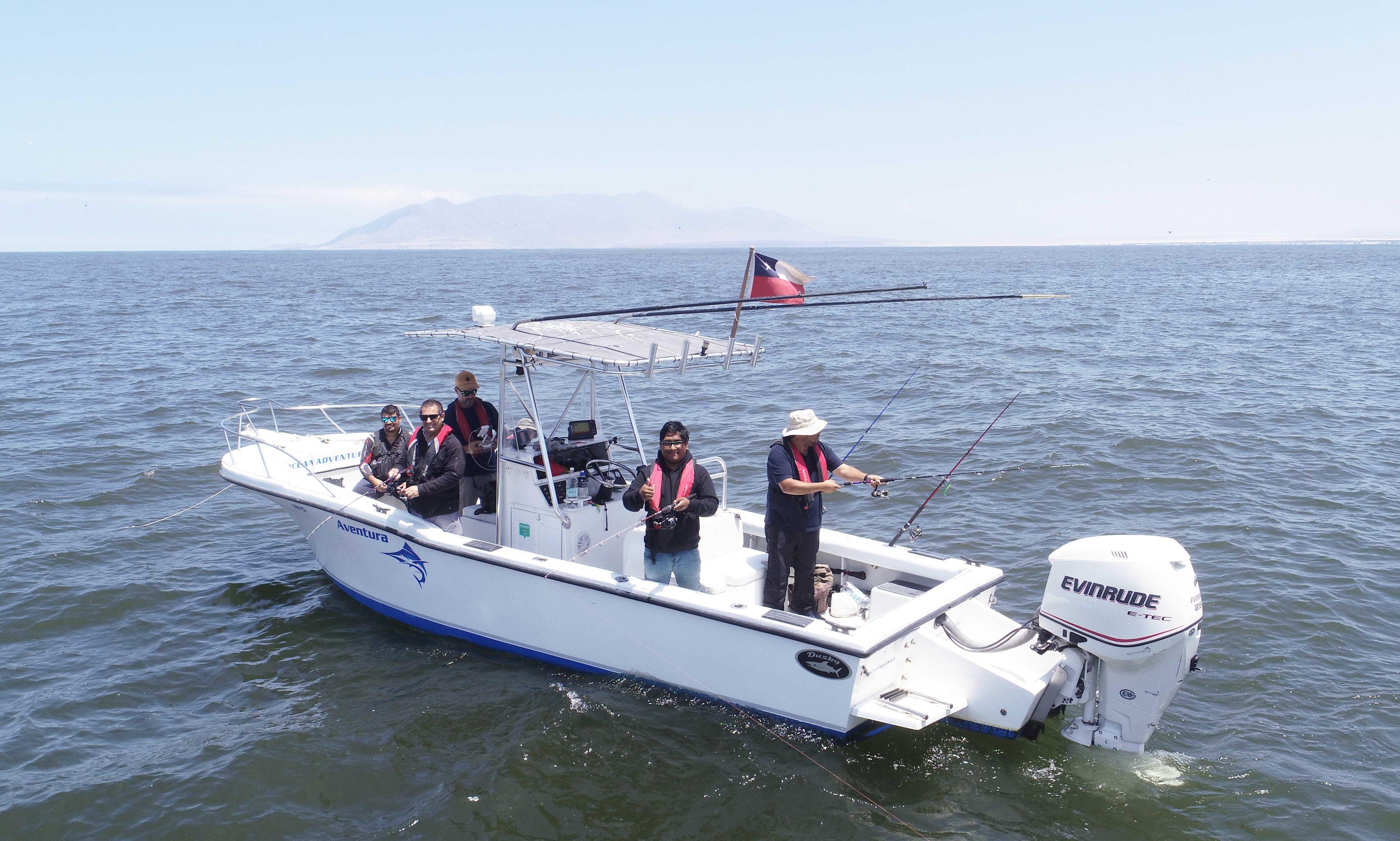 Private Boat Tour in Antofagasta Coast onboard the Dusky 265 Center Console