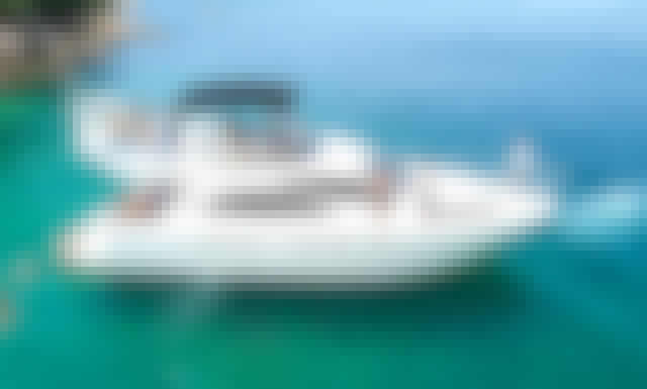 Azimut 46 Flybridge Yacht Charter in Puerto Vallarta, Mexico