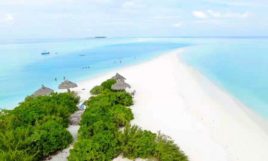 Visit, Stay and Experience Thoddoo Island in Maldives!