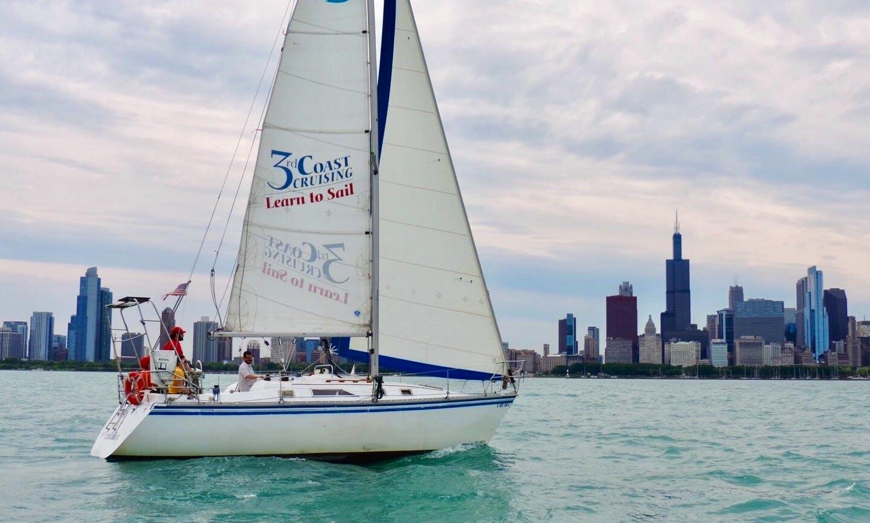 Cruising Monohull rental in Chicago