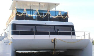 Free Spirit Cruising Catamaran Rental