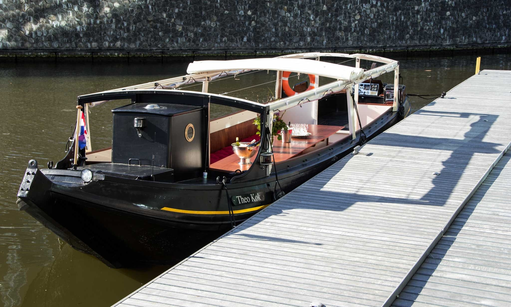 """Book 32 People Capacity Romantic Canal Boat """"Theo Kok"""" in Amsterdam"""
