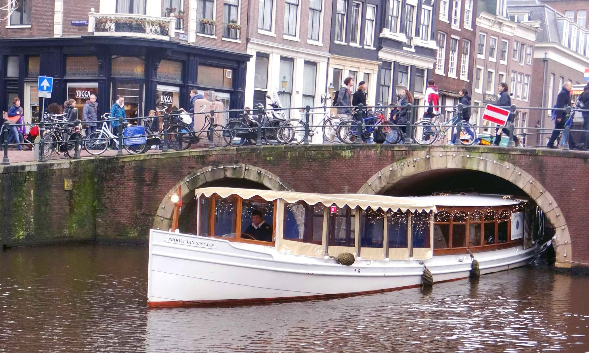 Rent the 40-Person Saloon Boat in Amsterdam