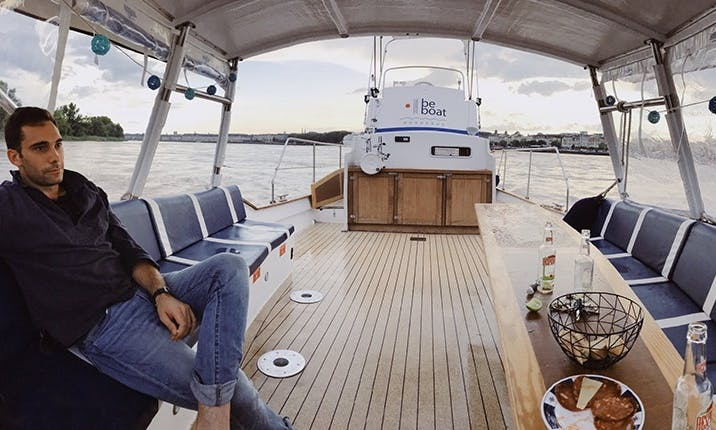 Party Boat Rental in Bordeaux Nouvelle, France For 12 Person!
