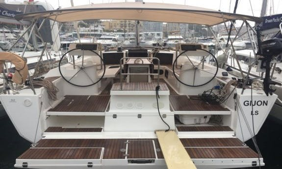 Book 2016 The Dufour 512 Cruising Monohull in Palma, Spain