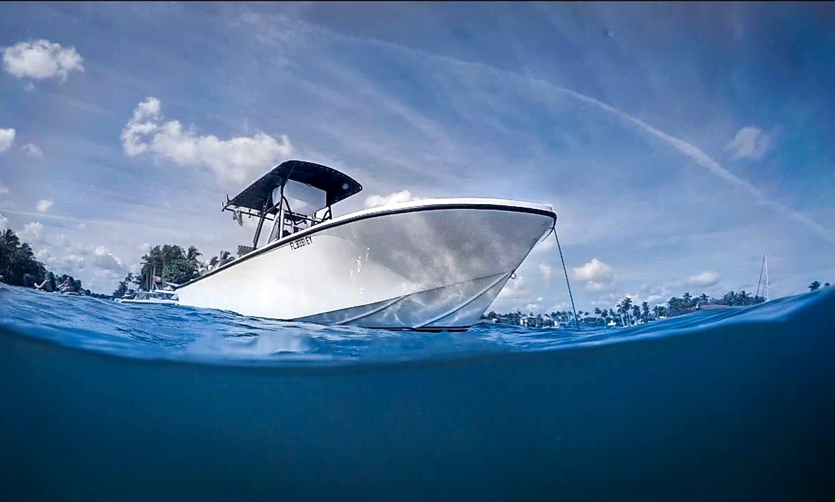 Party, fishing and wake boarding center console in Fort Lauderdale