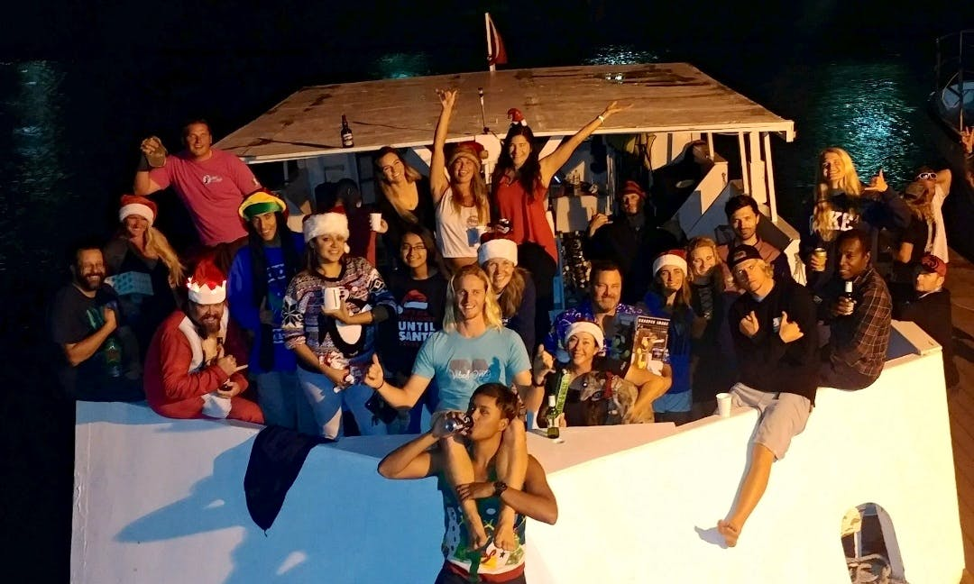 Oahu Boat Dives Daily - Boat Charters!