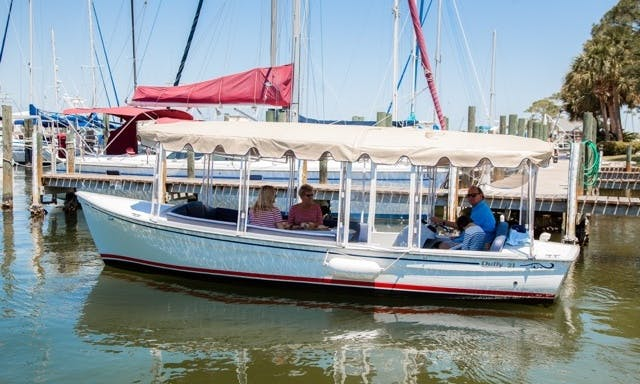 21ft Electric Duffy Boat on Okaloosa Island - Fort Walton Beach