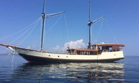 75' Sailing Gulet Charter to Flores Sea and Komodo Islands