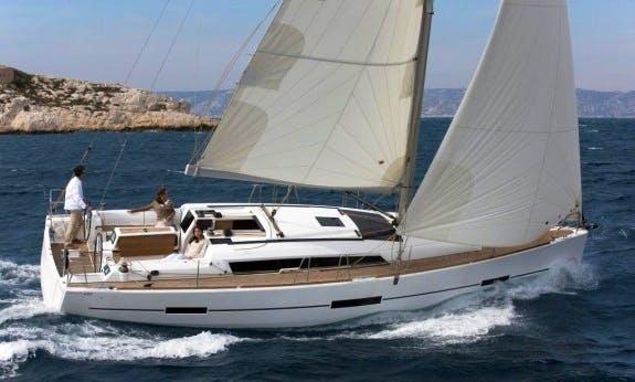 Beautiful 2015 Dufour 410 Gl Cruising Monohull Rental In C'ote d'Azur, France