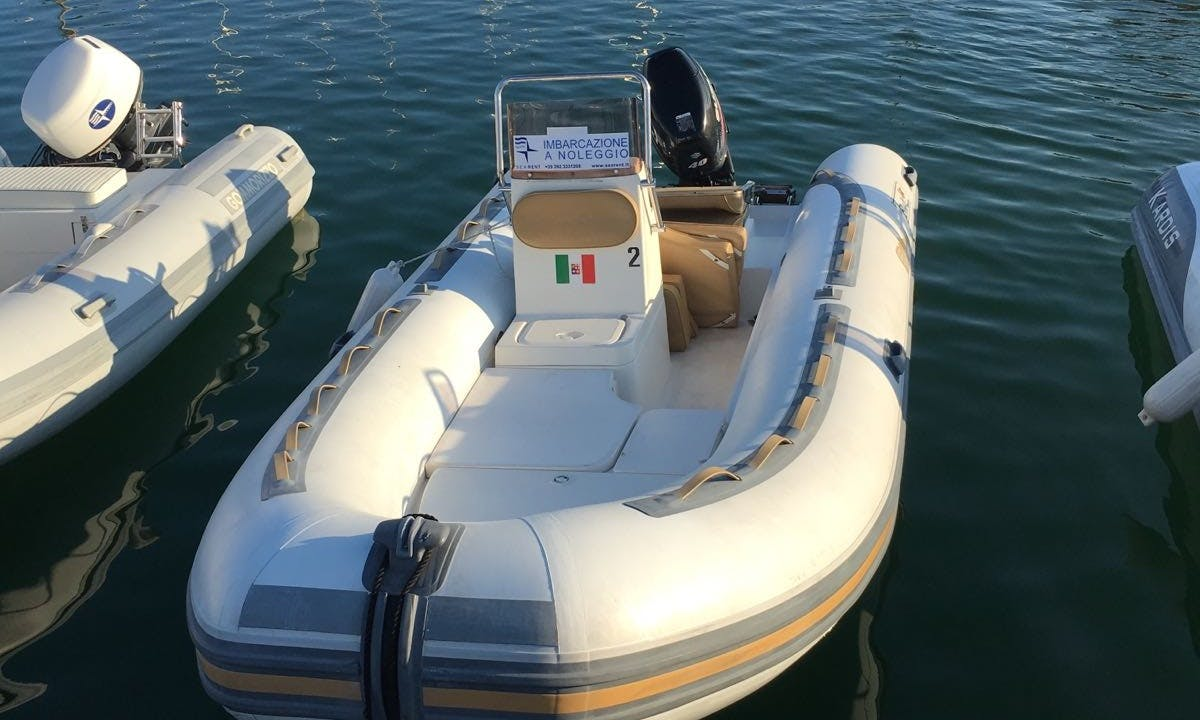 6-Person Rubble BSC 53 RIB Rental in Ameglia, Italy
