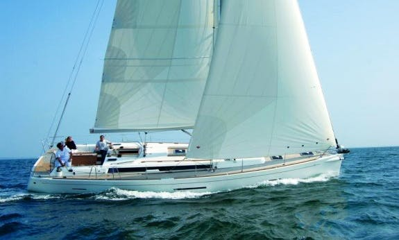 10 person Dufour 450 Gl Cruising Monohull Rental In Cote d'Azur, France