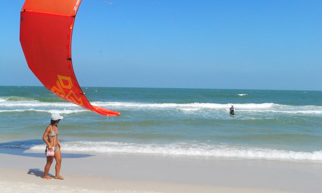 Kiteboarding Lesson with IKO Certified Instructor in Cha-am, Thailand