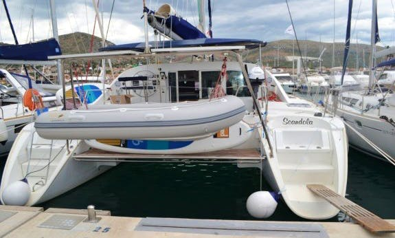 41' Lagoon Catamaran for 10 People in Seget Donji, Croatia