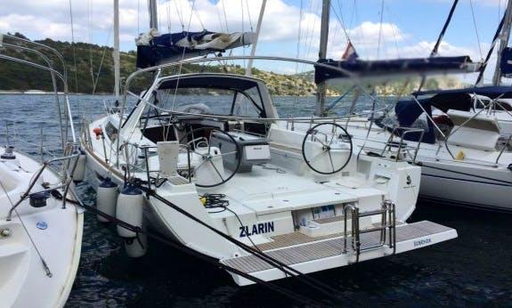 Charter the Oceanis 41 Monohull with Full Set of Charts in Šibenik, Croatia
