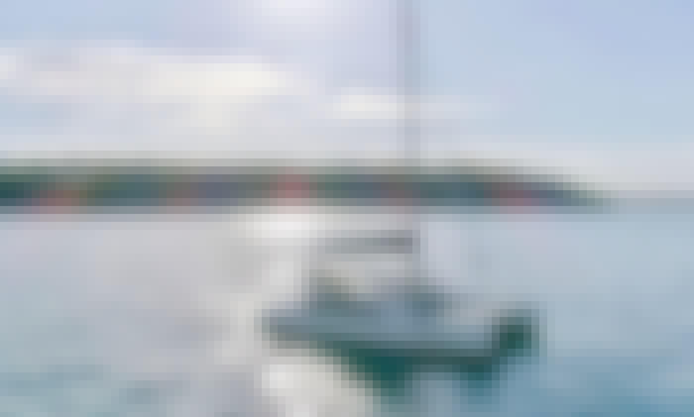 """Skippered Charter on 33ft """"Kirralee"""" Catamaran in Sydney, Australia"""