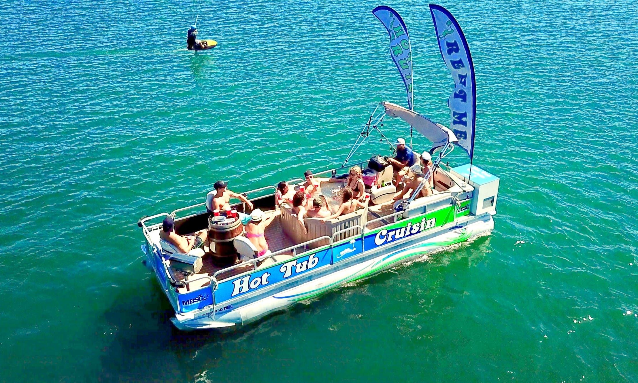 Enjoy a Hot Tub Cruising Boat in San Diego
